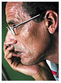 الكاتب: منصور أبوشناف