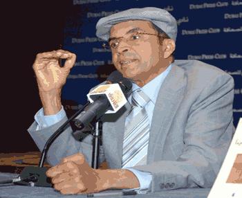 الروائي الليبي إبراهيم الكوني