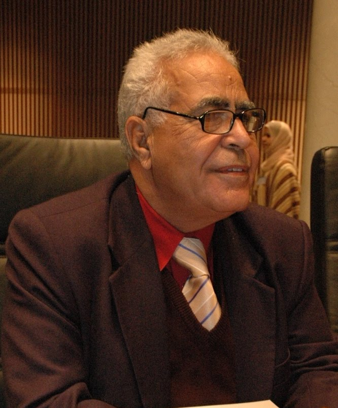 الكاتب أمين مازن