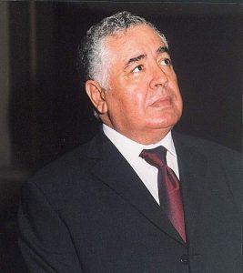 الكاتب أحمد إبراهيم الفقيه.