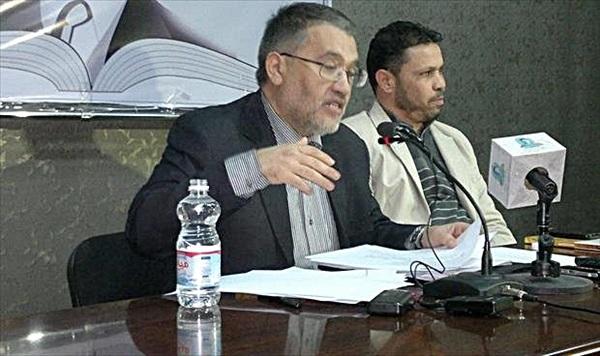 منتدى المناضل بشير السعداوي الثقافي، يستضيف الشاعر محمد المزوغي.