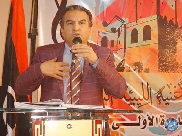 الشاعر والإعلامي خالد المحجوب.