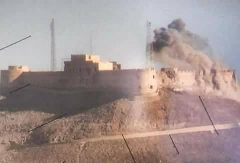 صورة يتم تداولها لتعرض قلعة سبها لإصابات مباشرة.