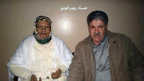 الكاتب محمد العنيزي والفنانة الشعبية الفونشا.