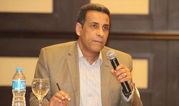 الكاتب فوزي الحداد.