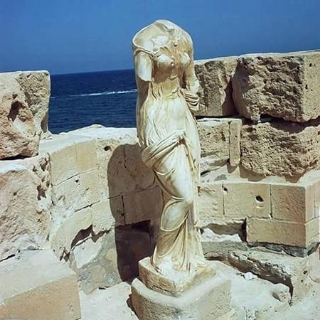 آلهة الحب فينوس - مدينة صبرات الأثرية.