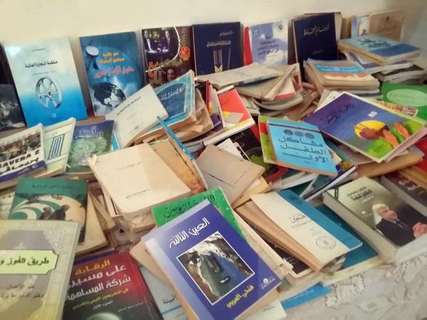 معرض الكتب المستعملة بمدينة بنغازي. الصورة: صفحة قسم البرامج والأنشطة بمكتب الثقافة بنغازي.