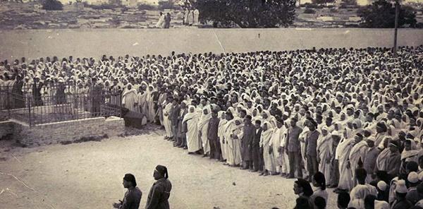 صلاة الجنازة على البوصيري 20 أبريل 1935