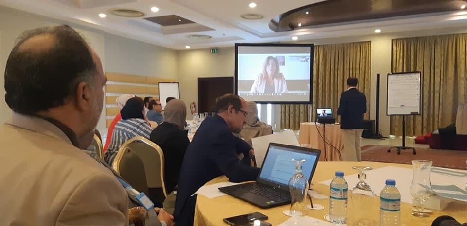نخبة من الإعلاميين والمؤثرين على صفحات التواصل الاجتماعي يتفقون على أخلاقيات صحفية لمواجهة خطاب الكراهية في الإعلام الليبي (الصورة: هيئة دعم وتشجيع الصحافة)