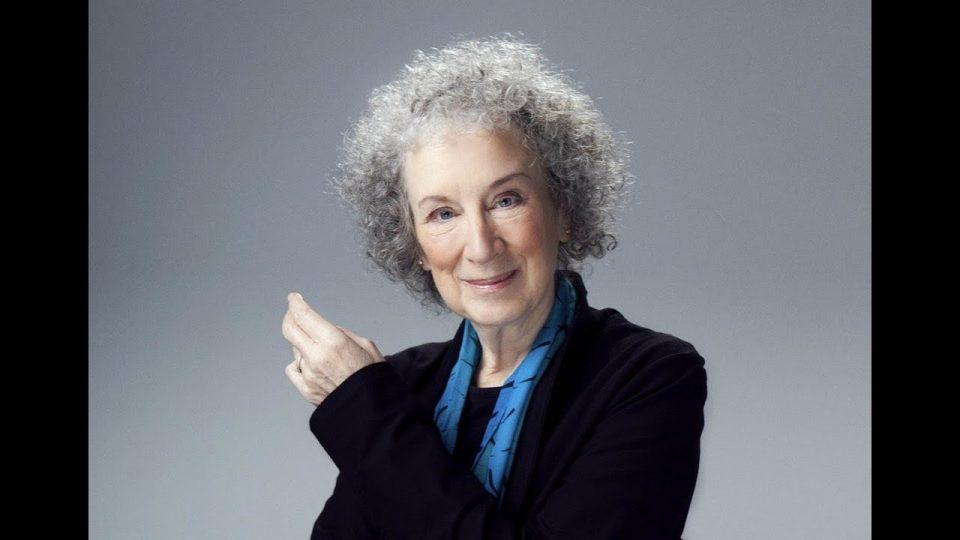 الكاتبة الكندية مارجريت أتتود