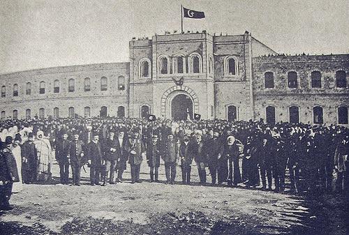 الثكنة العثمانية العسكرية بمنطقة البركة بمدينة بنغازي أواخر العهد العثماني