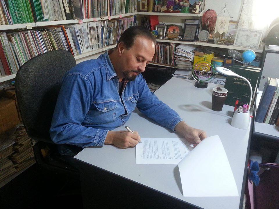 الكاتب والباحث عبدالحكيم الطويل (الصورة: دار فانتازيون)