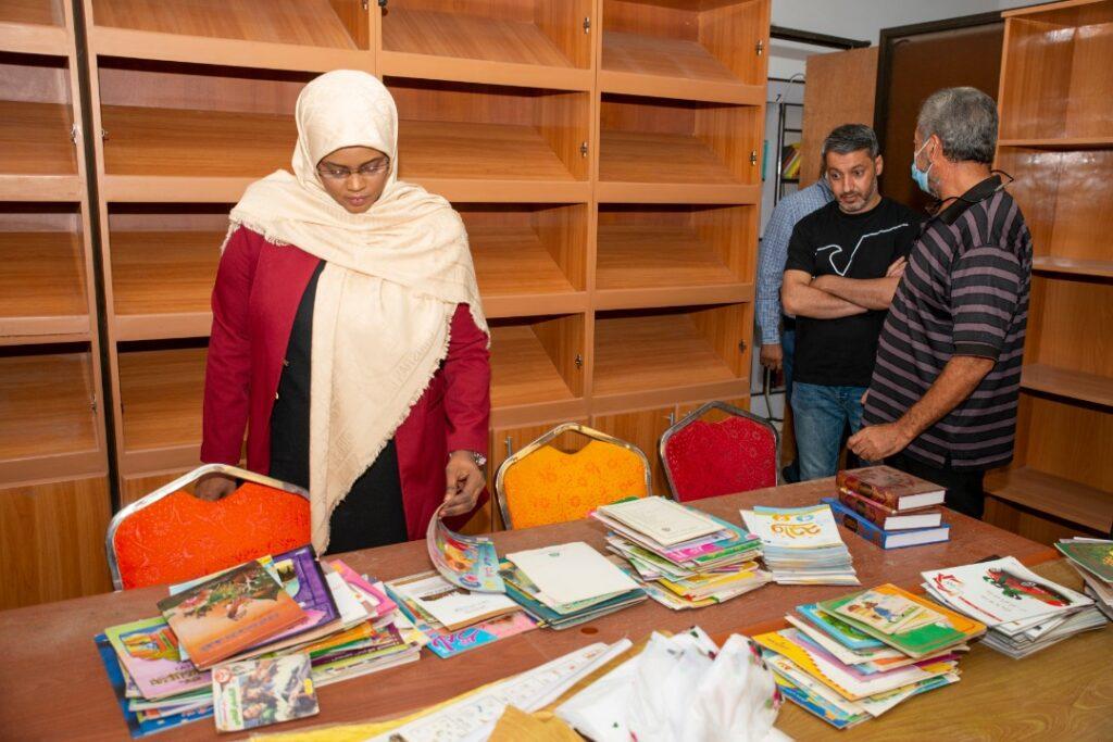 وزيرة الثقافة تتفقّد المكتبة القومية وتتطّلع على احتياجاتها (الصورة: عن موقع وزارة الثقافة والتنمية المعرفية)
